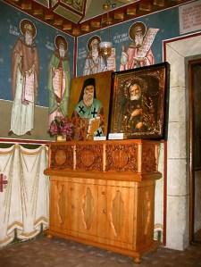 Moaştele Sfântului Nectarie şi ale Sfântului Serafim de Sarov