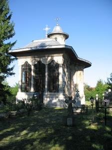 Biserica din cimitir, Manastirea Caldarusani